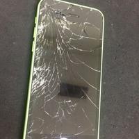 iPhone修理シルバーガレージ渋谷店のiPhone5C 液晶破損修理に関する記事