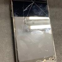 iPhone修理シルバーガレージ秋葉原店のiPhone7 液晶破損修理に関する記事