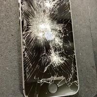iPhone修理シルバーガレージ新宿店のiPhone SE画面割れ修理に関する記事