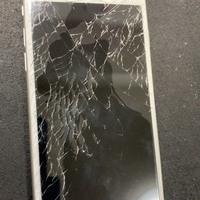 iPhone修理シルバーガレージ渋谷店のiPhone6s ガラス割れ修理に関する記事