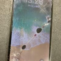 iPhone修理シルバーガレージ池袋店のiPhoneX 液晶破損修理に関する記事