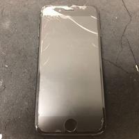 iPhone修理シルバーガレージ池袋店のiPhone8画面割れ修理に関する記事